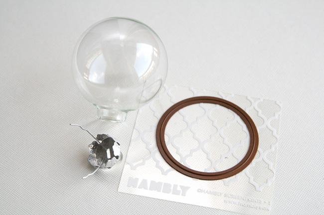 Pearllui-hambly-dec-ornament-photo2