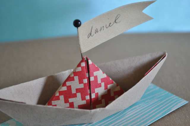 Hambly_Boat_Placesetting_2
