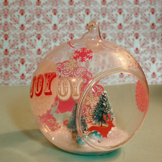 Hambly_Ornament_2