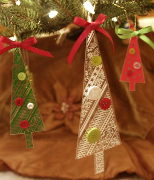 Hambly_ornaments